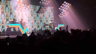 Stromae - Papatouai - Live - New York City