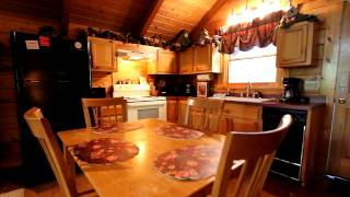 """Dreamweaver"" 1 Bedroom Cabin Near Gatlinburg With Hot Tub and Pool Table - Cabins USA 2014"