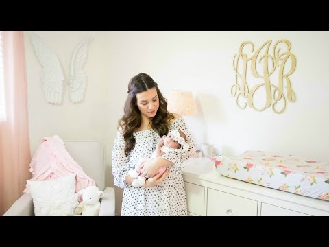 1 Month Postpartum Update: C-Section Scar, Breastfeeding, Weight Loss | Hayley Paige
