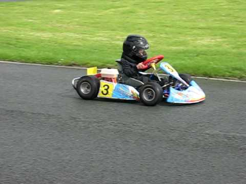3 year old go kart driver at GYG