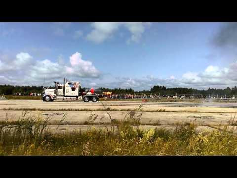 Super Truck on American Car Beauty Show Tallinn