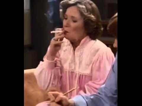 Trailer do filme Rita Hayworth with a Hand Grenade