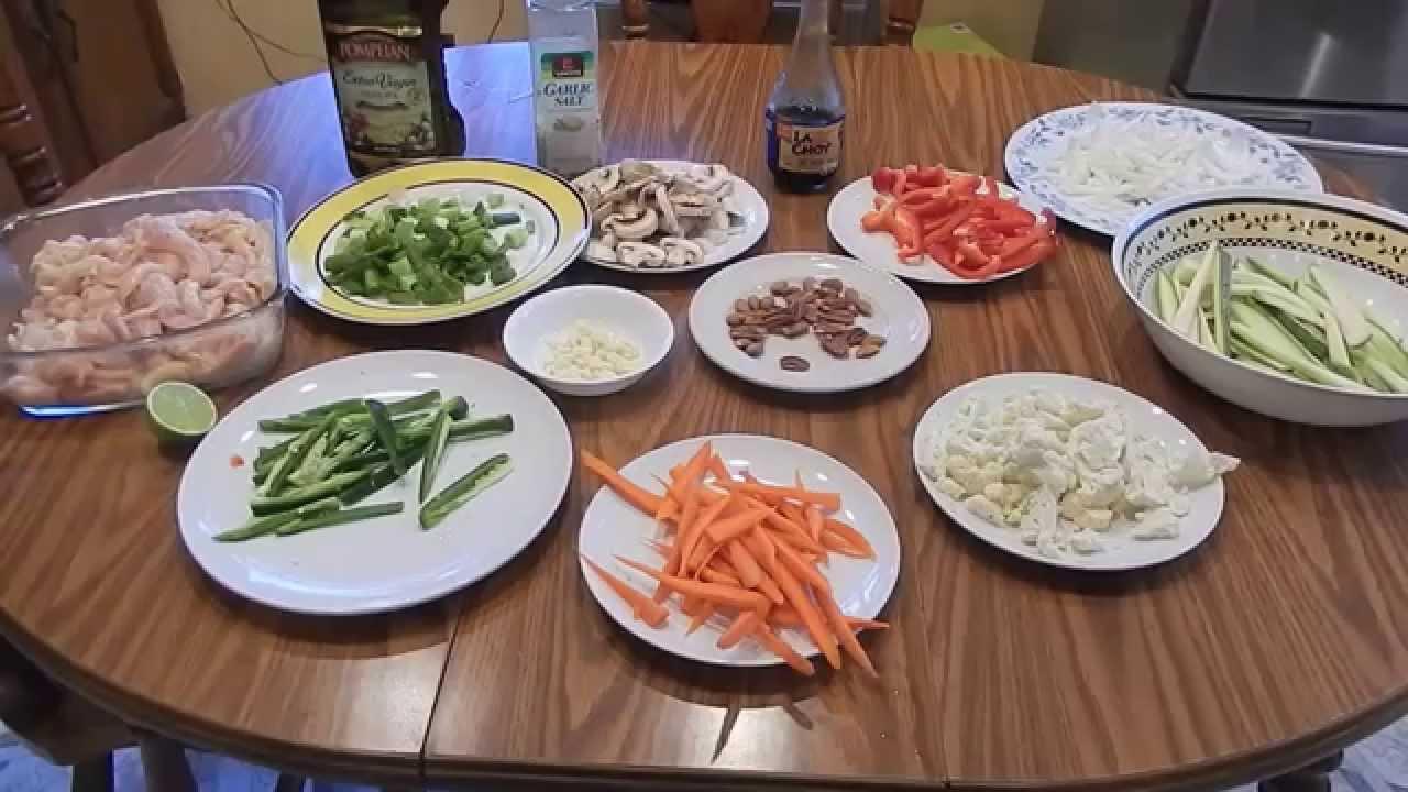 Comida China pollo con verduras  Comida Tradicional