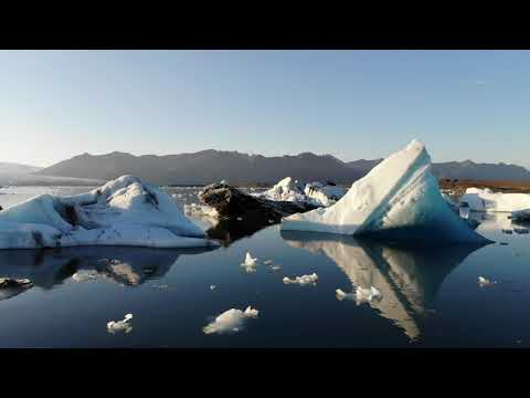 Jökulsárlón Glacial Lagoon, Iceland | Icelandair