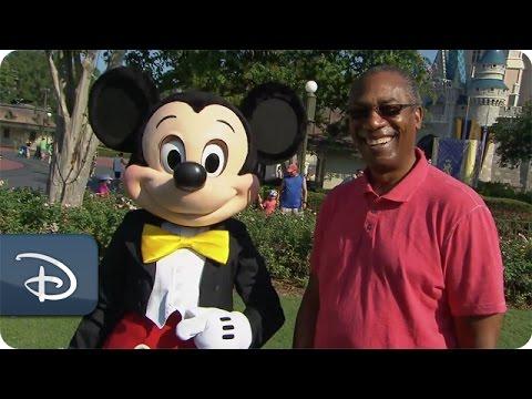 Joe Morton From ABC's 'Scandal' Visits Walt Disney World