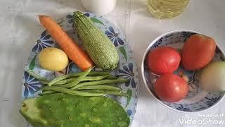Sopa de verduras con queso