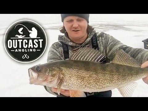 Lake Nipissing Ice Fishing With Friends