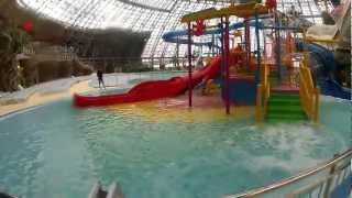 аквапарк Аквасфера в Донецке(Детская площадка в Донецком аквапарке Aqua Sferra. Подробная информация на http://otdyhoved.ru/, 2013-01-05T16:18:27.000Z)