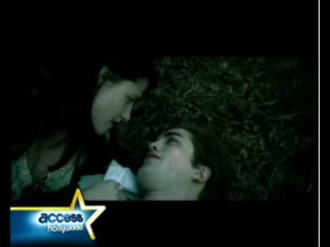 Access Exclusive: Deleted Twilight Scene: Robert & Kristens Forbidden Love Bite