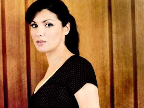 Bellini: I Capuleti e I Montecchi. Anna Netrebko - Daniela Barcellona. 2004.