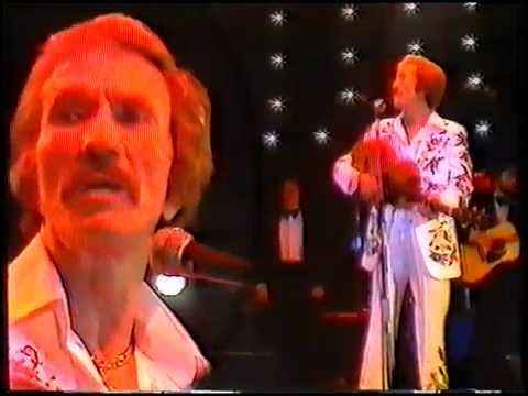 Marty Robbins Sings White Sports Coat And Devil Woman  Live (Germany)