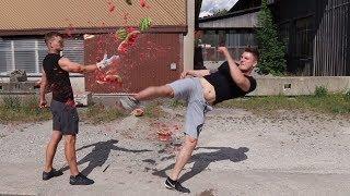 BRENNENDE Melone mit TORNADOKICK zerschmettert! - BRUCHTEST Experiment Anfänger vs. Profi