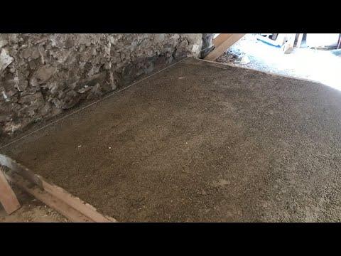 Making a hempcrete floor
