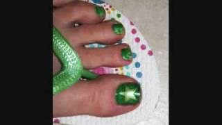 How to Get Perfect Star Nail Designs