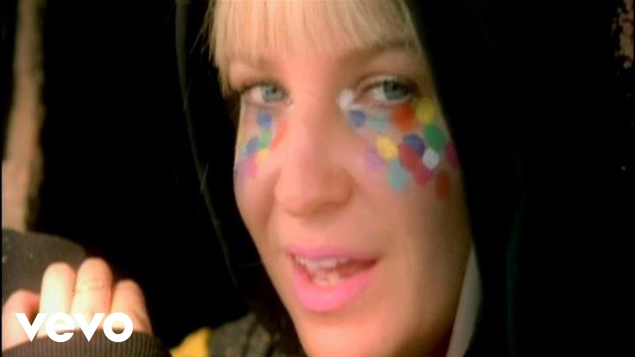 sia-day-too-soon-siavevo