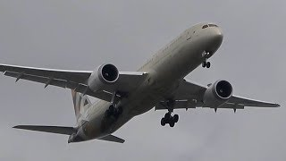 A windy final approach at Manchester Airport