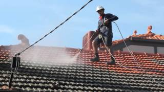 Professional Roof Pressure Cleaning Services by Himalayas Cleaning Services