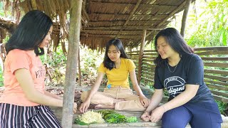 Gadis Dayak Berburu Kembang Durian Di Hutan Bendungan Setan