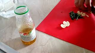 Соус на оливковом масле для мяса и гренок из Черногории.