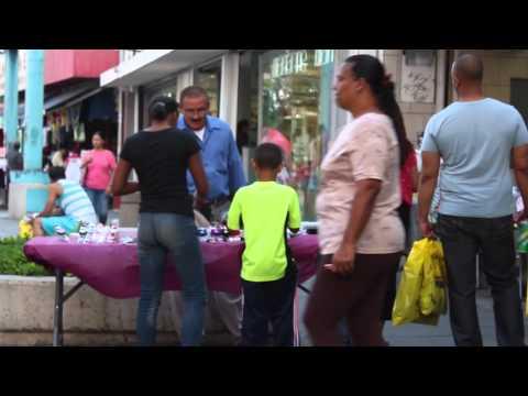 Un día cotidiano en el Paseo de Diego [Río Piedras] [Puerto Rico]