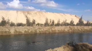 قناة السويس الجديدة: مشهد عام للحفر بقناة السويس الجديدة بجوار ترعة السلام