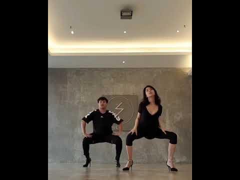 OMG ! Fon Sananthachat Dance 2