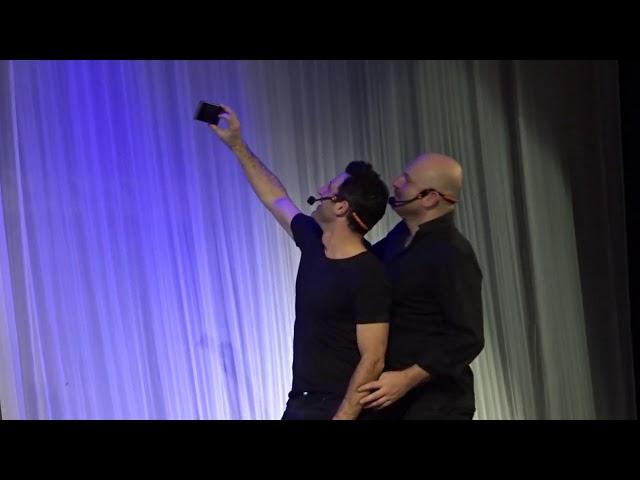Λευτέρης Ελευθερίου - Αντώνης  Κρόμπας - Eκείνος & Εκείνος - Χειροκρότημα stellasview.gr