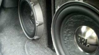 Bass, I love you JBL P1222