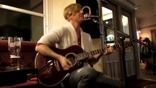 "Matt Watts - ""It Wasn't Me"" (Shaggy) - Open Mic Night @ The Melbourne, York - 3rd December 2013"