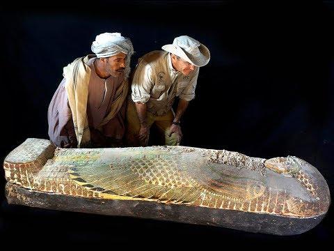 КТО ЭТО!!! СЕНСАЦИЯ – обнаружена мумия пришельца в одной из ЕГИПЕТСКИХ ПИРАМИД.