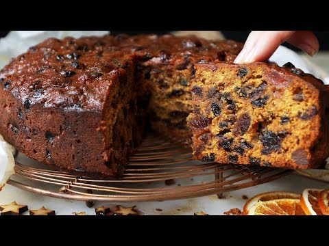 christmas-cake-recipe---easy-fruit-cake-that's-beautifully-moist!