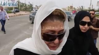 بالفيديو : صدمة سهير رمزى فى جنازة محمود عبدالعزيز