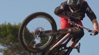 Самые забавные видео и трюки  на велосипедах.трюки на BMX.Видео трюков на велосипедах.(Видео на велосипедах тут 0:13 0:47 0:59 прыжки спуски фото гонки на велосипедах 1:27 1:34 1:53 трюки на ГТА видео на..., 2014-10-04T18:59:35.000Z)