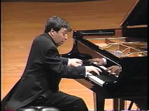 Murray Perahia plays Beethoven's Moonlight Sonata 3rd Movement [HQ]