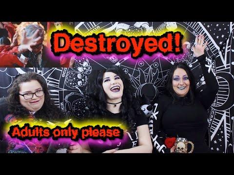 Goth Ladies Meet Kpop: react to TAEMIN Criminal MV