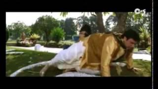 Download Hindi Video Songs - Smashing Hit Song - Deta Jai Jo Re (Female) - Bade Miyan Chote Miyan -HQ - YouTube.FLV