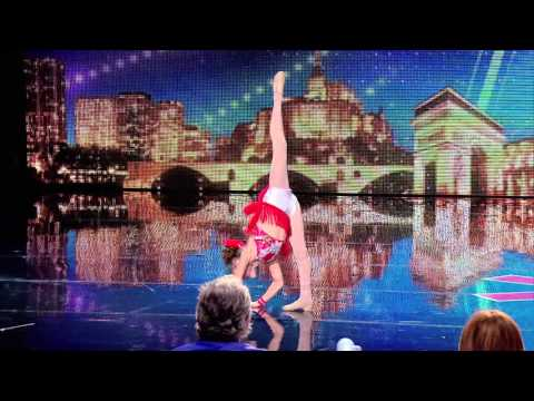 OPHELIE : Very young girl dancing ! France's Got Talent 03 November 2015