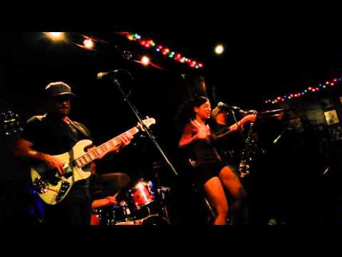 Mojo Green-Covering James Brown's- Get Up Offa That Thing@Torch Club 11/6/15