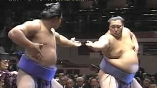 National Art of Sumo volume 16 : 1984 -- 1986 http://www.dosukoi.fr.