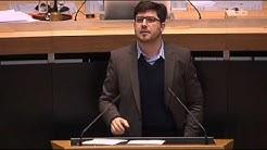 RBB Heute im Parlament: @Schmidtlepp Lauer #Piraten vs. Wowi #SPD - 13.12.2012