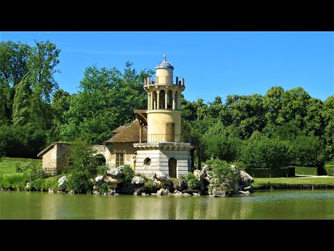 Versailles: Marie-Antoinette's Estate & Palaces of Trianon