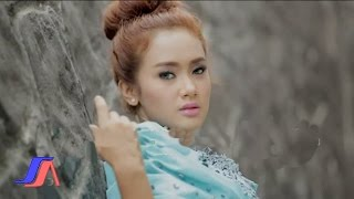 Pernikahan Dini Cita Citata Official Music Video