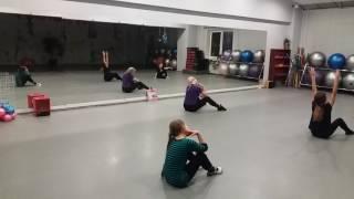 Контемпорари урок. новая хореография-изучение.