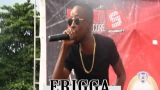 Erigga live on stage in Uniben