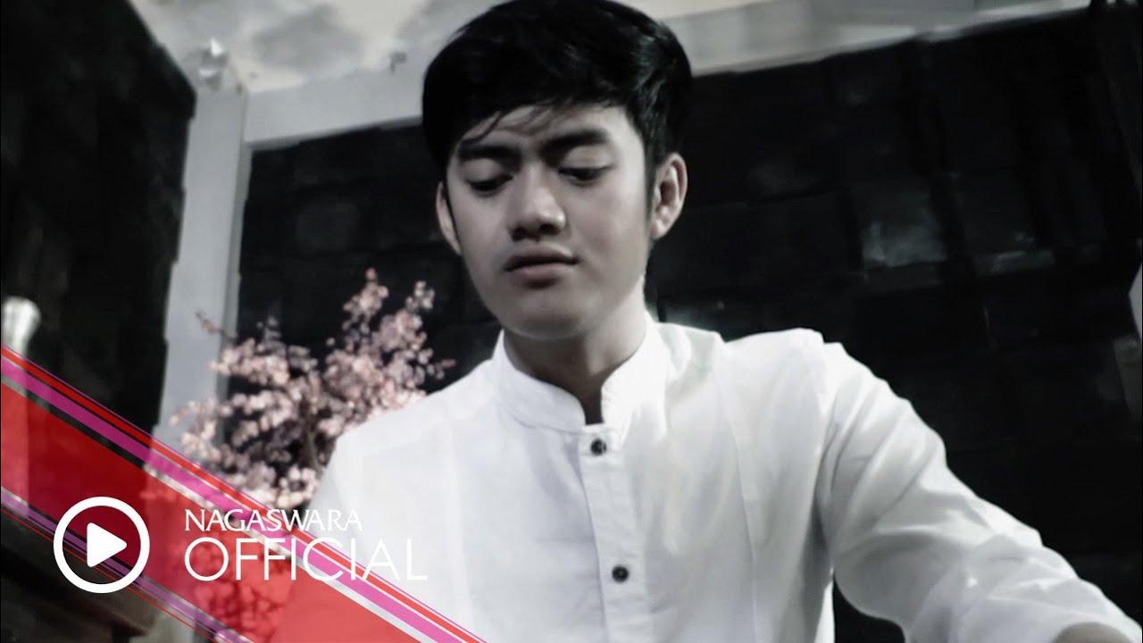 Denias - Hijrah Hati (Official Music Video NAGASWARA) #religi