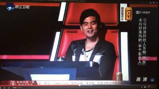 Harlem Yu and Jay Chou banter about speaking English on TVOC4.