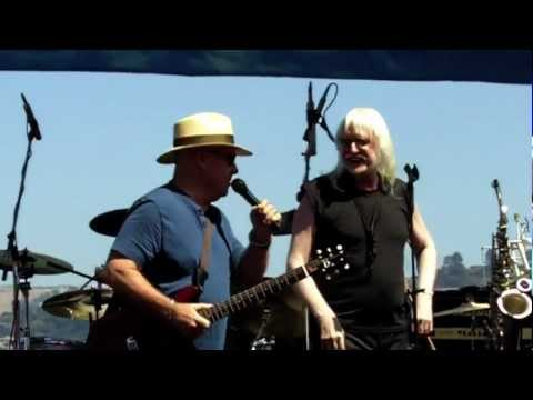 EDGAR WINTER and RONNIE MONTROSE - Free Ride (live)