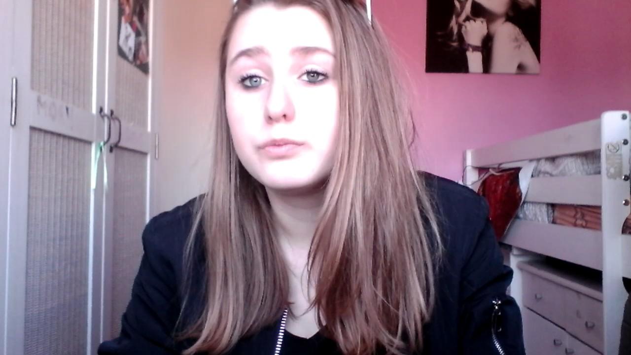 Petite nouvelle youtube for Samantha oups au salon de coiffure