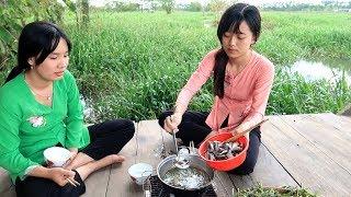 Ăn Cá Linh Nhúng Giấm cuối mùa nước nổi có ngon không  | Thôn Nữ Miền Tây