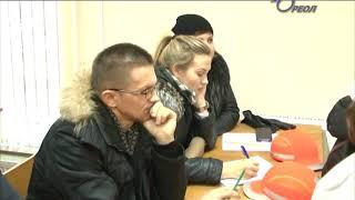Глава города Сланцы Руслан Шотт со специалистами управляющих компаний посетили котельную № 16